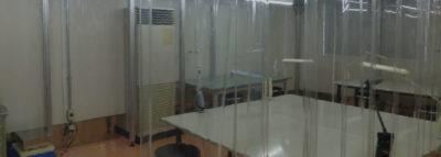 クラス10,000のクリーンルーム完備
